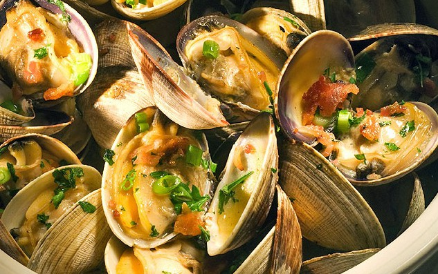 LocalEats Z's Oyster Bar & Steakhouse in Louisville restaurant pic