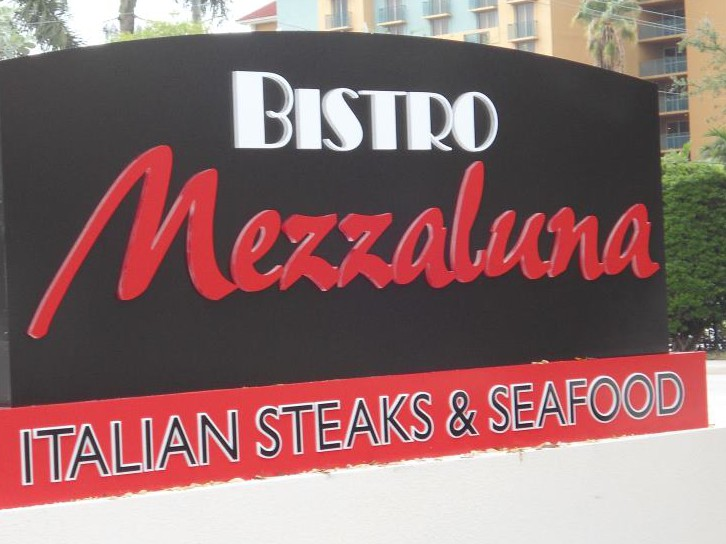 Bistro Mezzaluna photo