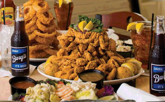 LocalEats Deanie's Seafood in New Orleans restaurant pic
