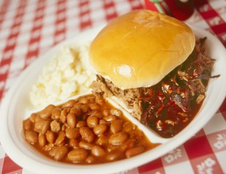 LocalEats Dick's Bodacious Bar-B-Q in Indianapolis restaurant pic