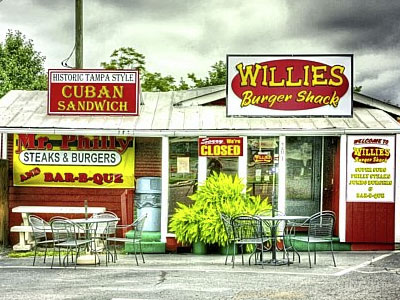 LocalEats Willie's Burger Shack in Dalton restaurant pic