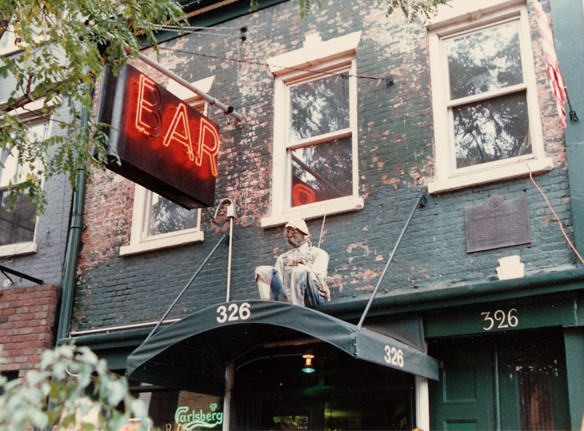 Ear Inn photo