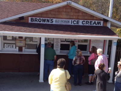 LocalEats Brown's Old Fashion Ice Cream in York Beach restaurant pic