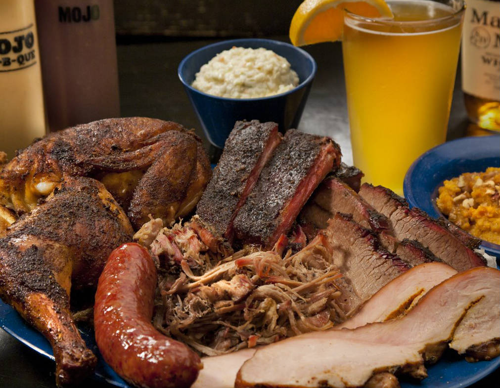 LocalEats Mojo Smokehouse in Jacksonville restaurant pic
