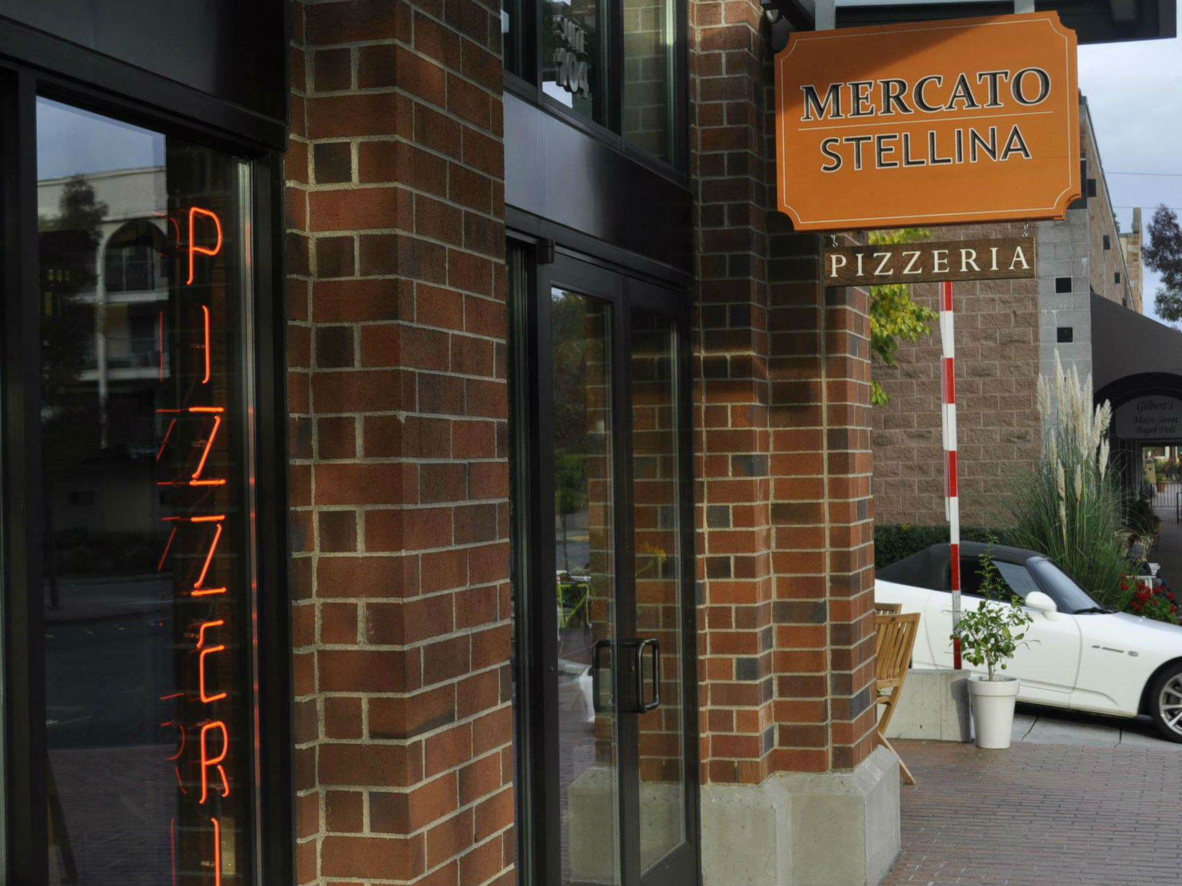 LocalEats Mercato Stellina Pizzeria in Seattle restaurant pic