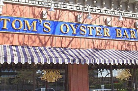LocalEats Tom's Oyster Bar in Detroit restaurant pic