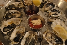 LocalEats Hank's Oyster Bar in Washington restaurant pic