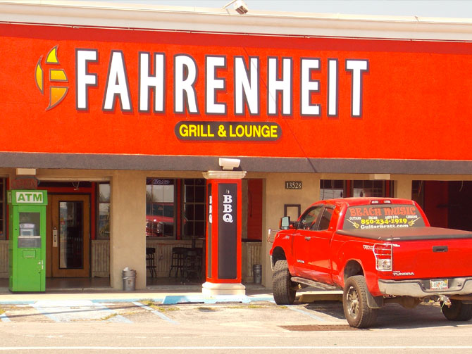 Fahrenheit Grill & Lounge photo