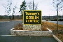 LocalEats Tommy's Pizza in Columbus restaurant pic