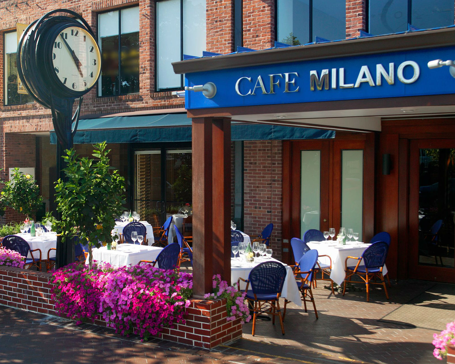 Cafe Milano photo