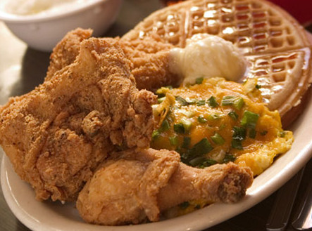LocalEats Lo-Lo's Chicken and Waffles in Phoenix restaurant pic