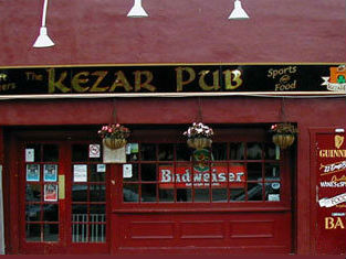 Kezar Pub, The photo