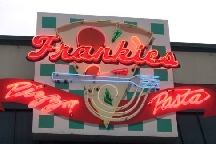 LocalEats Frankie's Pizza & Pasta in Seattle restaurant pic