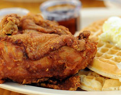 LocalEats Roscoe's House of Chicken & Waffles in Los Angeles restaurant pic