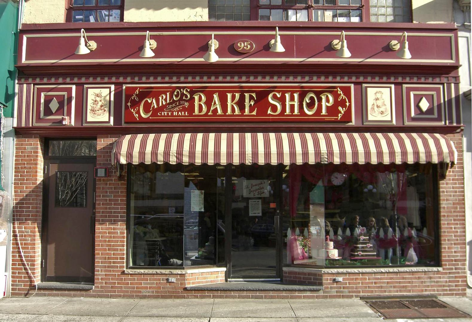 Carlo's Bake Shop photo