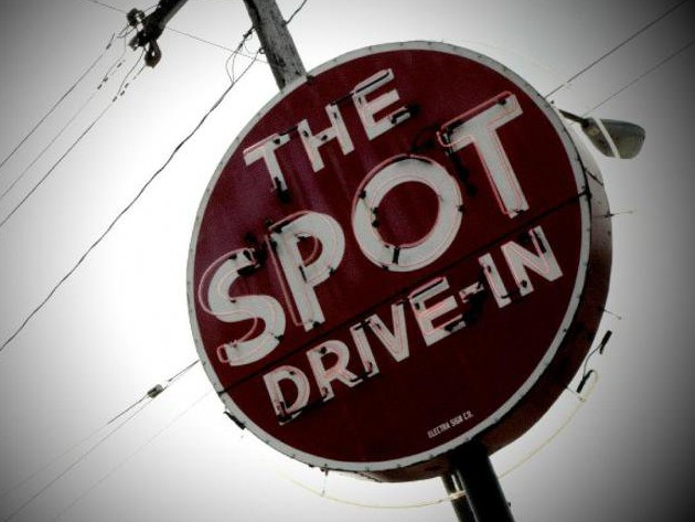 Spot Drive-In, The photo